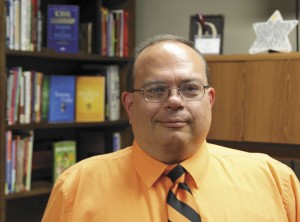 Dight announces at Monday's school board meeting he is not seeking re-election